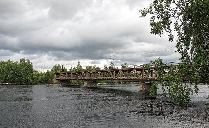 Мост через реку Вуоксу в финской Иматре