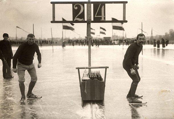 Голландские конькобежцы