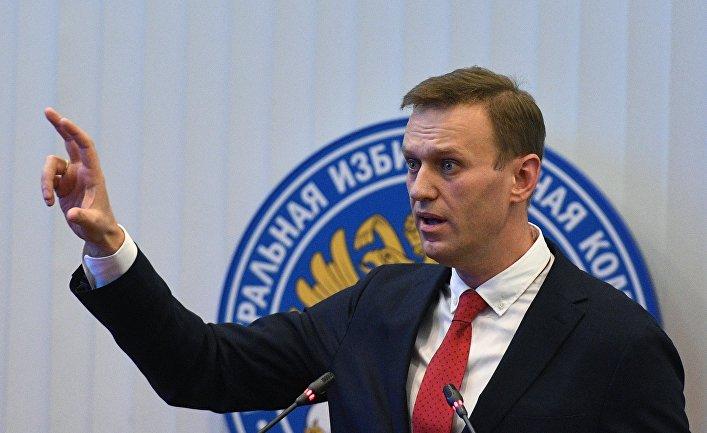 Алексей Навальный на заседании Центральной избирательной комиссии РФ