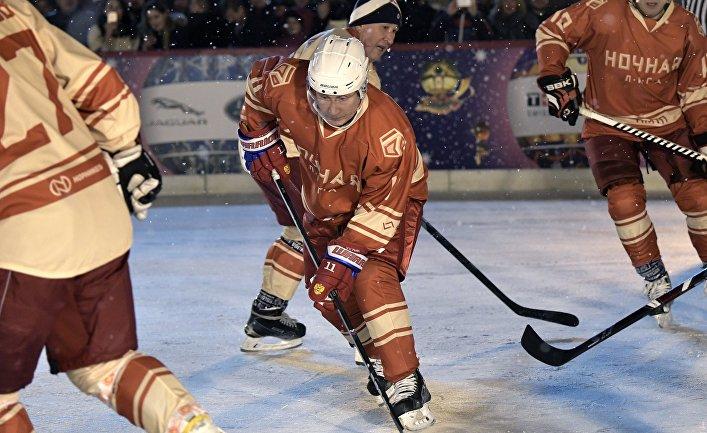 Голые в хоккейной форме — img 7
