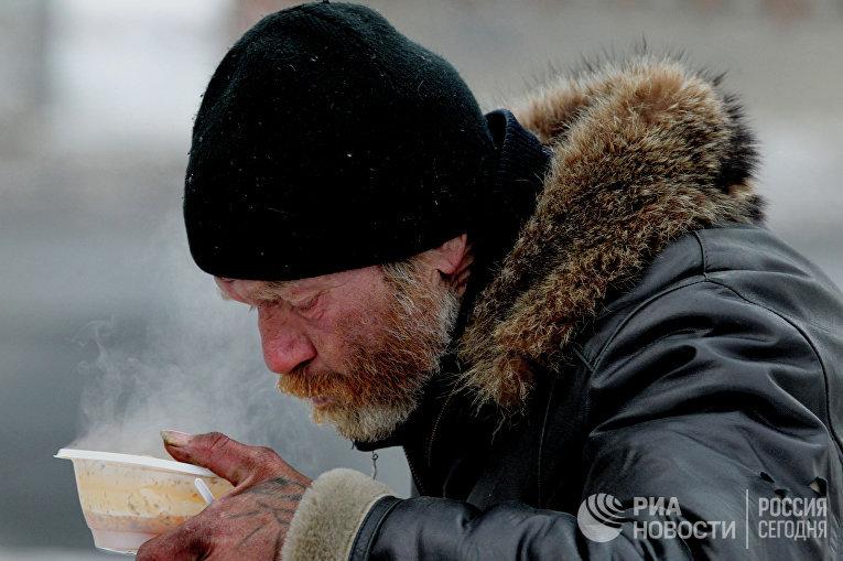 Каждый день на обеды, которые сестры Общины  милосердия устраивают в трех точках во Владивостоке, приходят от 80 до 120 человек