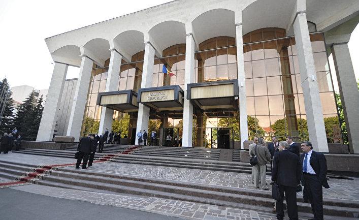 Заседание нового парламента Молдовы