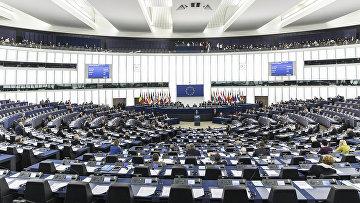 Премьер-министр Ирландии Лео Варадкар выступает перед депутатами Европарламента в Европейском парламенте в Страсбурге