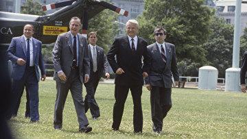 Президент РФ Борис Ельцин и Президент США Джордж Буш-старший