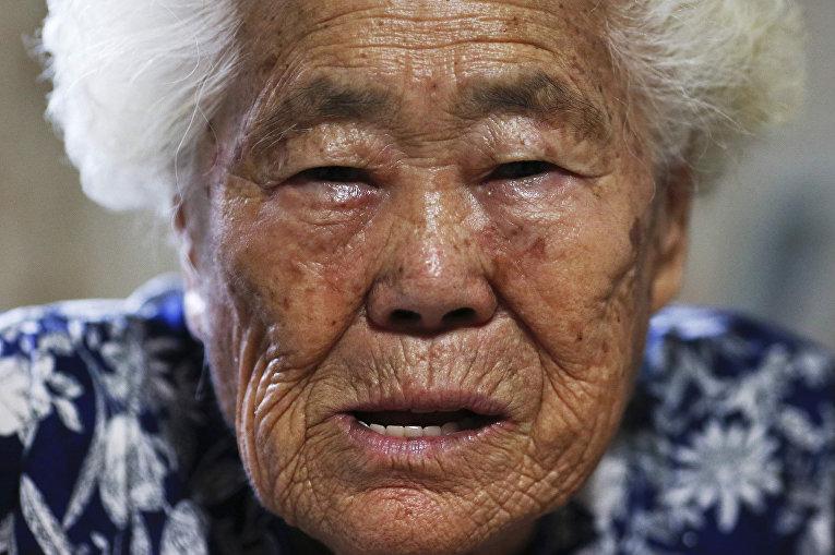 Бывшая «женщина для утешения» Ли Ок Сен