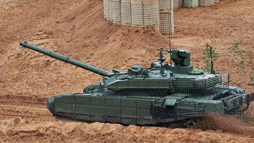 """Танк Т-90М на учениях """"Запад-2017"""" в Ленинградской области"""