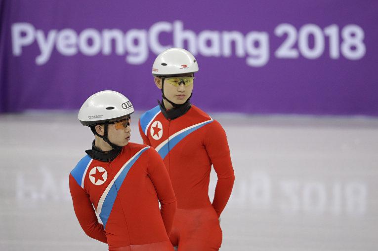 Спортсмены из Северной Кореи во время тренировки