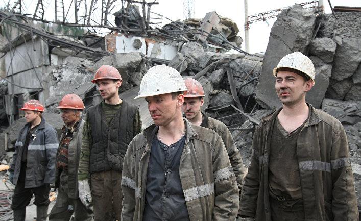 """Спасатели на шахте """"Распадская"""""""