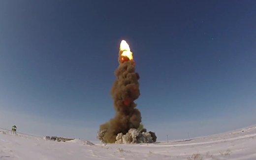 Россия играет в «астероиды»
