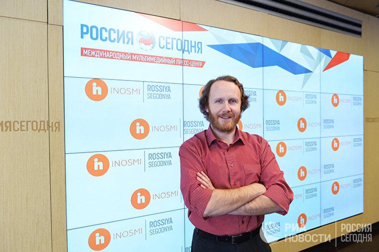 Главный редактор ИноСМИ Алексей Дубосарский
