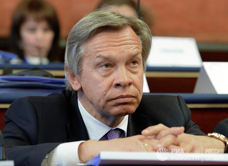 17 марта 2016 года. Председатель комитета Государственной Думы РФ по международным делам Алексей Пушков.