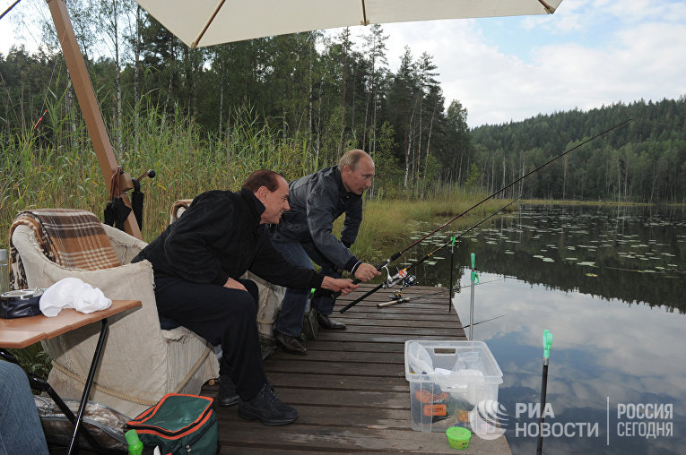 Президент РФ Владимир Путин c Сильвио Берлускони