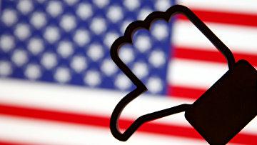 «Лайк» на фоне американского флага