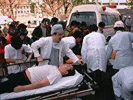 Пассажиры метро, пострадавшие от терракта в Токио, 1995 год