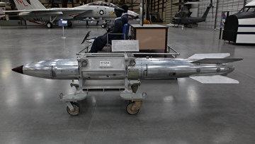 Ядерная бомба B61, США