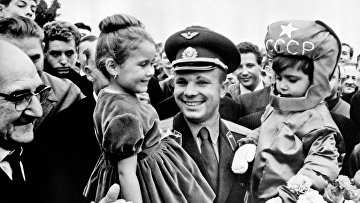 Визит Ю.Гагарина во Францию