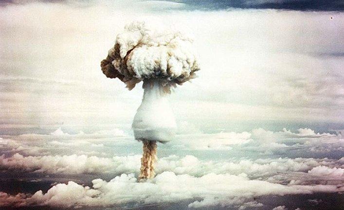 Взрыв устройства «Джордж», первый в истории ядерный взрыв, 9 мая 1951 года