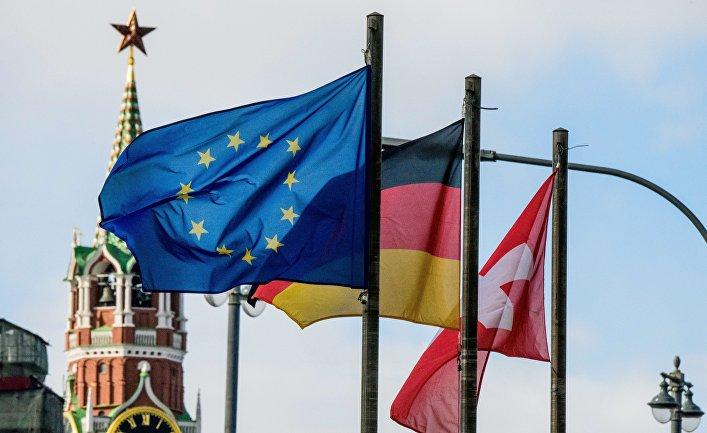 Флаги европейских государств и Евросоюза на фоне Кремля