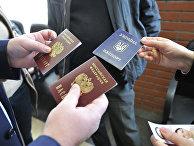 Получение паспортов Российской Федерации жителями Крыма в паспортно-визовом центре Москвы