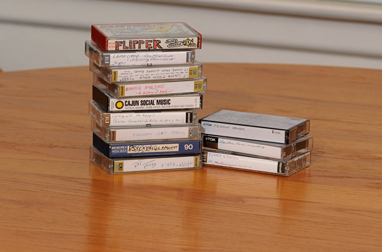 Коллекция аудио-кассет