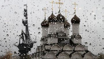 Купола Храма Николы в Голутвине.