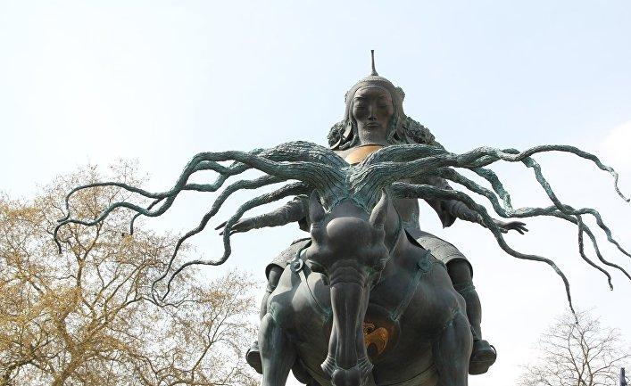 Cтатуя Чингисхана в Лондоне