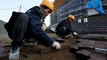 Рабочие из КНДР на строительстве в России