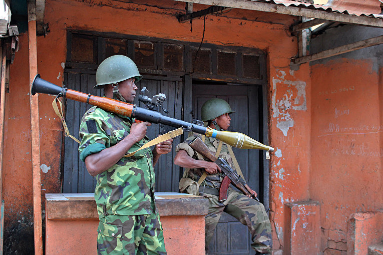 Мадагаскарские солдаты на военной базе Ivato Aeroport