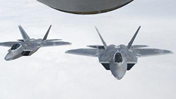 """Американские истребители F-22 """"Раптор"""""""