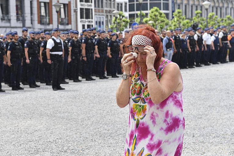 Минута молчания в память жертв терракта в Льеже, Бельгия