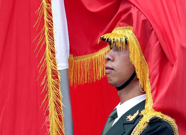 Церемония приветствия президента РФ Владимира Путина у большого зала народа в Пекине