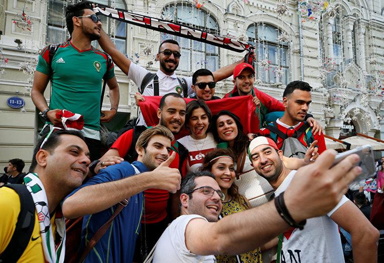 Футбольные болельщики накануне чемпионата мира по футболу