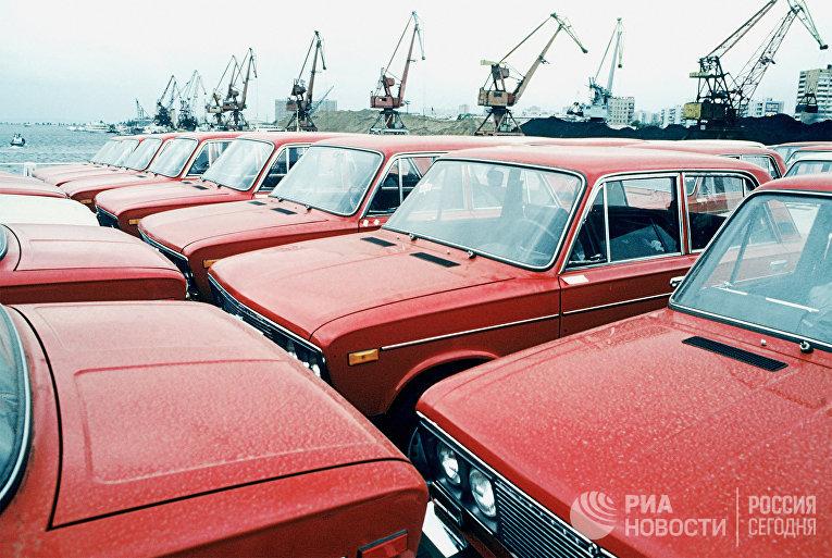Волжский автомобильный завод в Тольятти