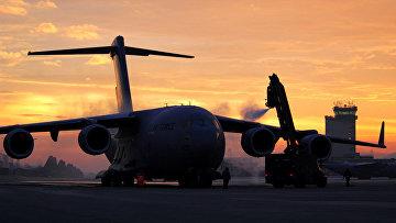 """Американский транспортный самолет C-17 """"Глоубмастер"""" III"""