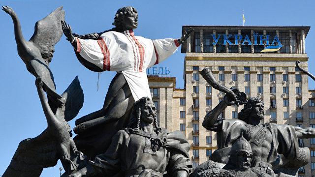 Страна (Украина): в Кабмине признали разочарование в идее евроинтеграции среди молодежи и на западе страны