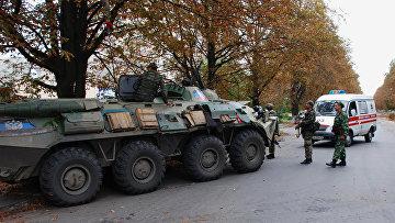 Ополченцы Донецкой народной республики (ДНР) в Иловайске Донецкой области