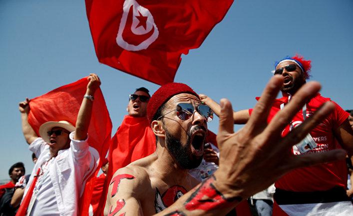 Болельщики сборной Туниса перед матчем ЧМ-2018 по футболу между сборными Бельгии и Туниса на стадионе «Спартак» в Москве