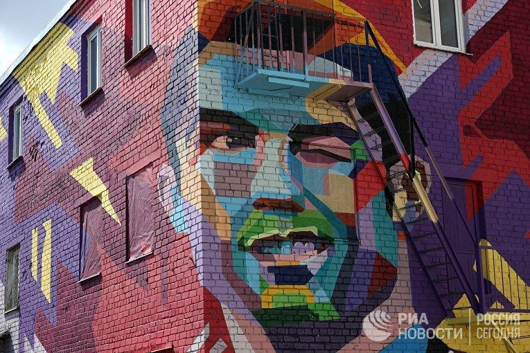 В Казани появилось граффити, посвященное Криштиану Роналду