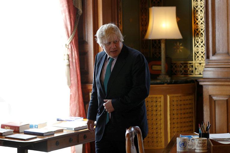 Борис Джонсон в британском МИД