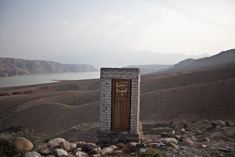 Туалет в провинции Афганистана Дайкунди