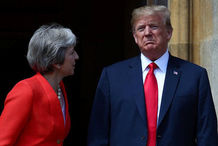 13 июля 2018. Премьер-министр Великобритании Тереза Мэй и президент США Дональд Трамп