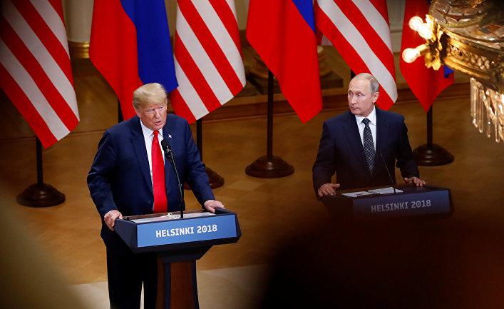 Дональд Трамп и Владимир Путин на совместной пресс-конференции в Хельсинки, Финляндия