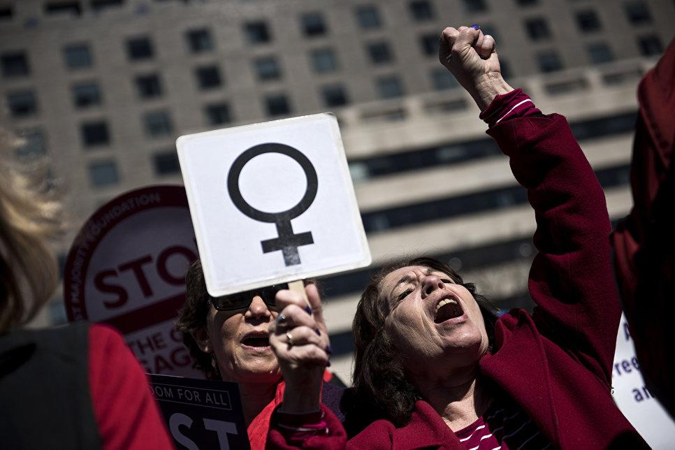 Митинг за права женщин в честь Международного женского дня в Вашигтоне. 8 марта 2017
