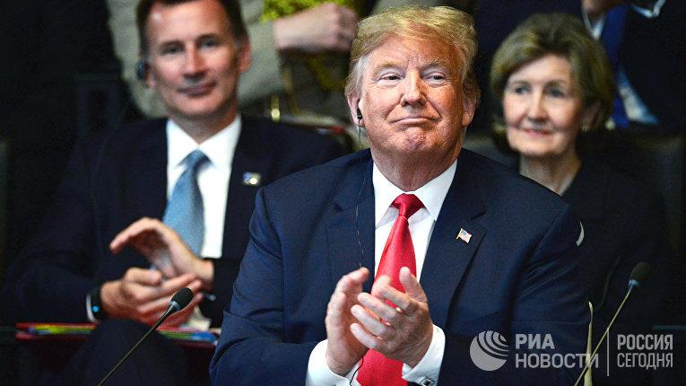 Дональд Трамп на саммите стран-участниц НАТО в Брюсселе. 11 июля 2018