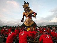 Празднование индуистского Нового года в Джакарте, Индонезия