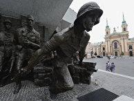 Памятник героям Варшавского восстания 1944 года в Варшаве