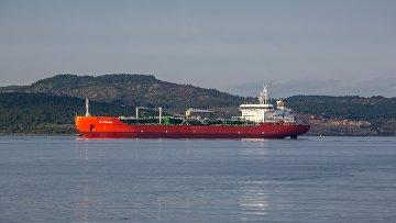 Корабли в портах Кольского залива