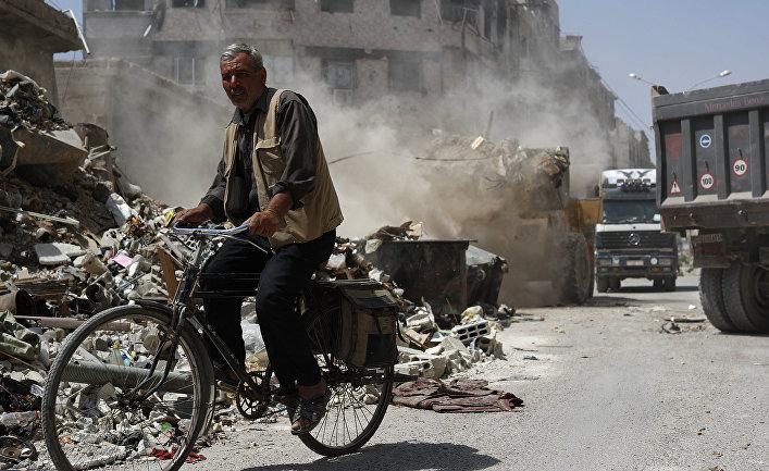 Развалины в городе Дума, восточном регионе Гута, Сирия