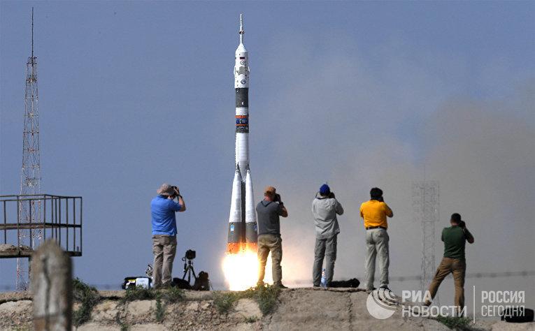 """Запуск ТПК  """"Союз МС-09» с участниками длительной экспедиции МКС-56/57"""