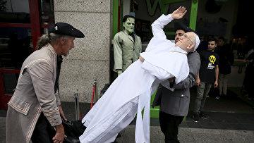 Восковая фигура Папы Римского Франциска